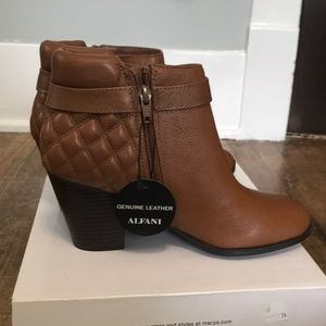 NWT! ALFANI Quilted 'Wakefield' Booties